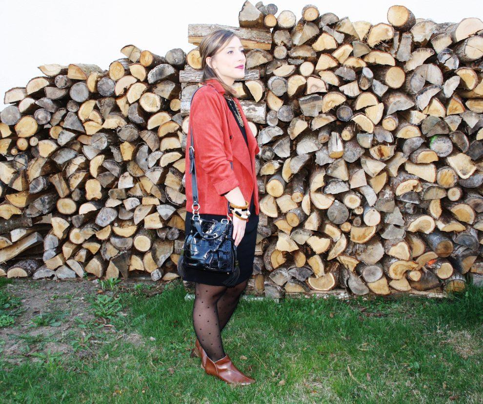 huguette-paillettes-couture-paletot-londres-suedine-2