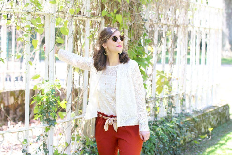 Huguette Paillettes - Couture - Tenue de mariage pantalon brique et dentelle
