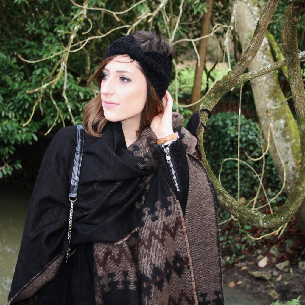 Huguette Paillettes - Couture Tricot - Poncho Headband (5)