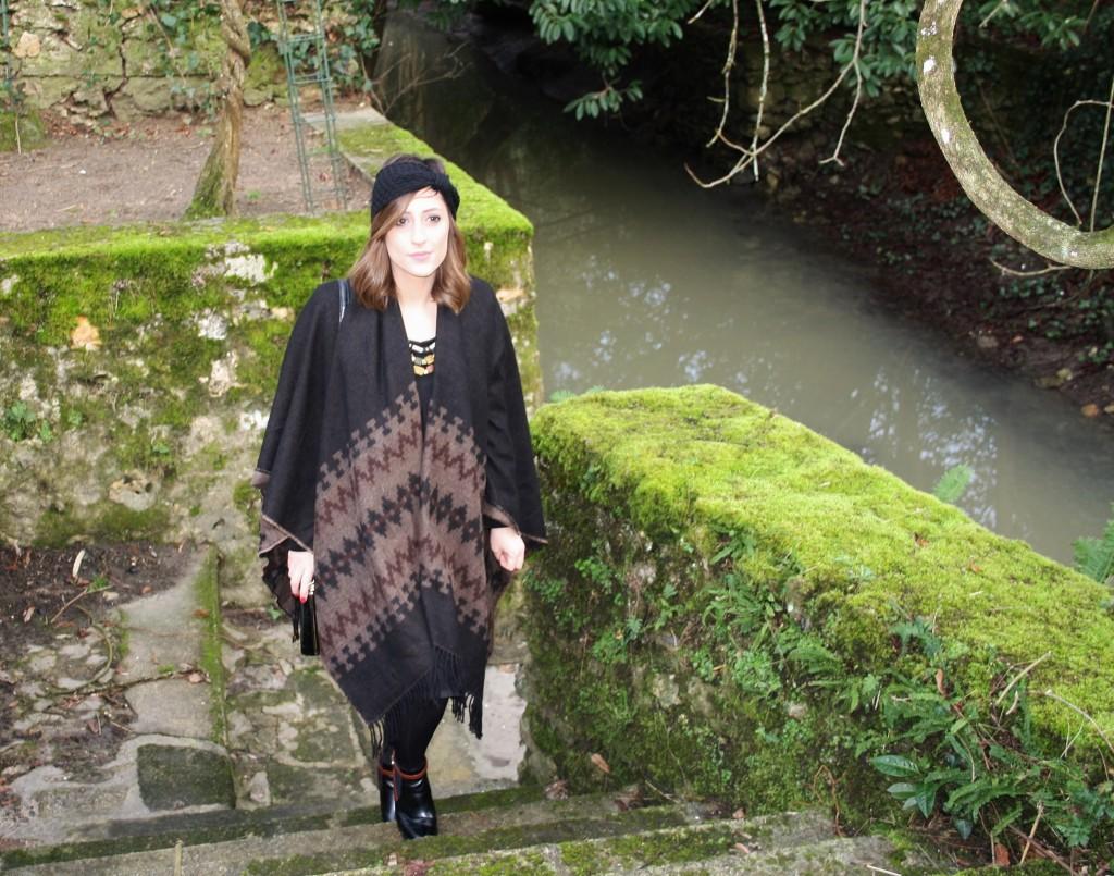 Huguette Paillettes - Couture Tricot - Poncho Headband (8)